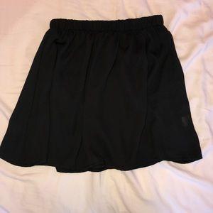 Brandy Melville Skirts - Black skater skirt